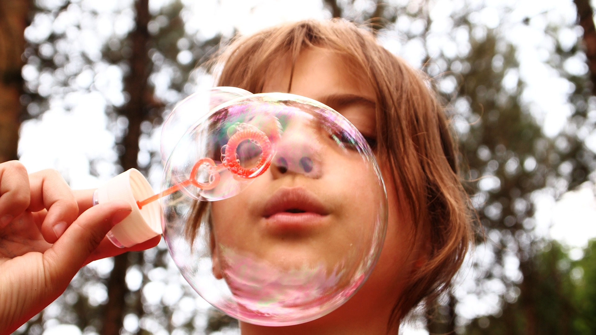 blow-bubbles-668950_1920.jpg