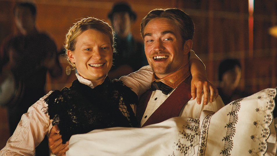 Robert Pattinson and Mia Wasikowska in the movie Damsel